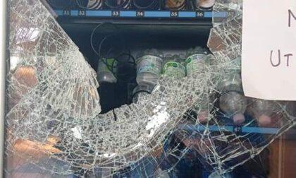 Vandali in azione nella palestra: devastata