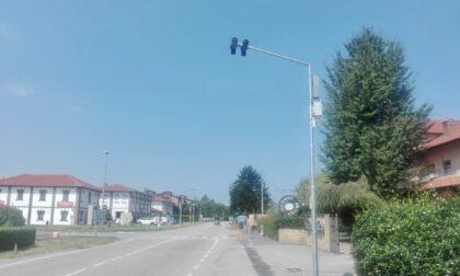 A Buscate sulla s.P. 34 per Turbigo è attivo un  nuovo dispositivo di rilevamento delle infrazioni di passaggio con il semaforo rosso