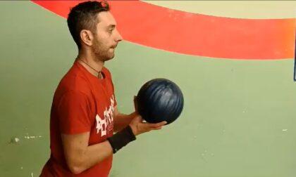 """Cieco e campione  di bowling: «Il mio """"strike"""" alla disabilità»"""