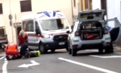 Incidente auto contro moto, un ferito