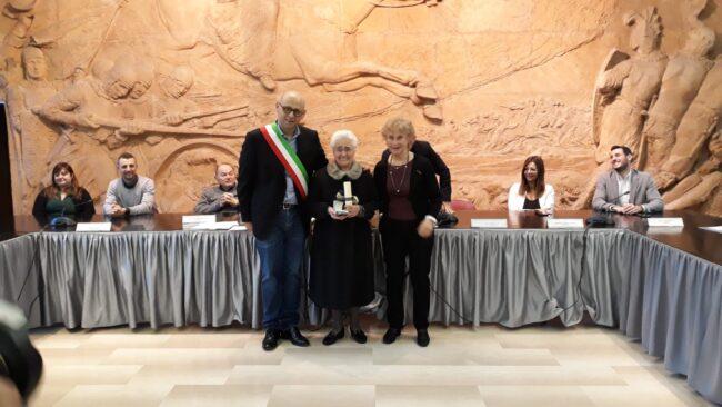 Parabiago, cittadinanza onoraria a Maria Mereghetti