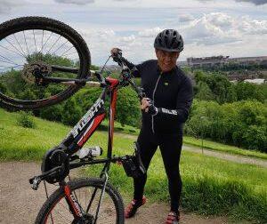 «Voglio battere il tumore pedalando in bicicletta e sempre col sorriso»