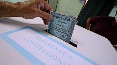 Seimila elettori rhodensi voteranno in una nuova sede per non fare interrompere la scuola ai ragazzi