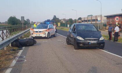 Grave incidente tra moto e auto, intervenuto elisoccorso