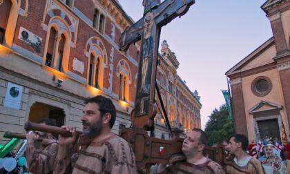 Il Palio 2021 si chiude con la Traslazione della Croce