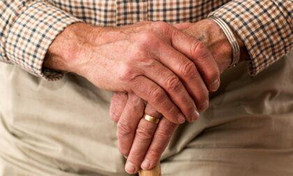Perso e senza medicine, anziano salvato dai vigili