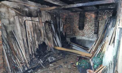 Incendio nel porticato, anziana gravemente ustionata