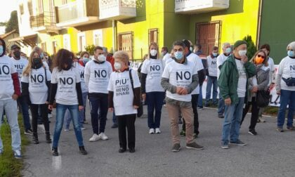"""Quarto binario: più di 200 persone in piazza per dire """"no"""""""